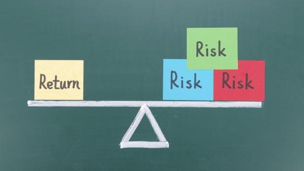 Увеличение риска повышает вероятную прибыль
